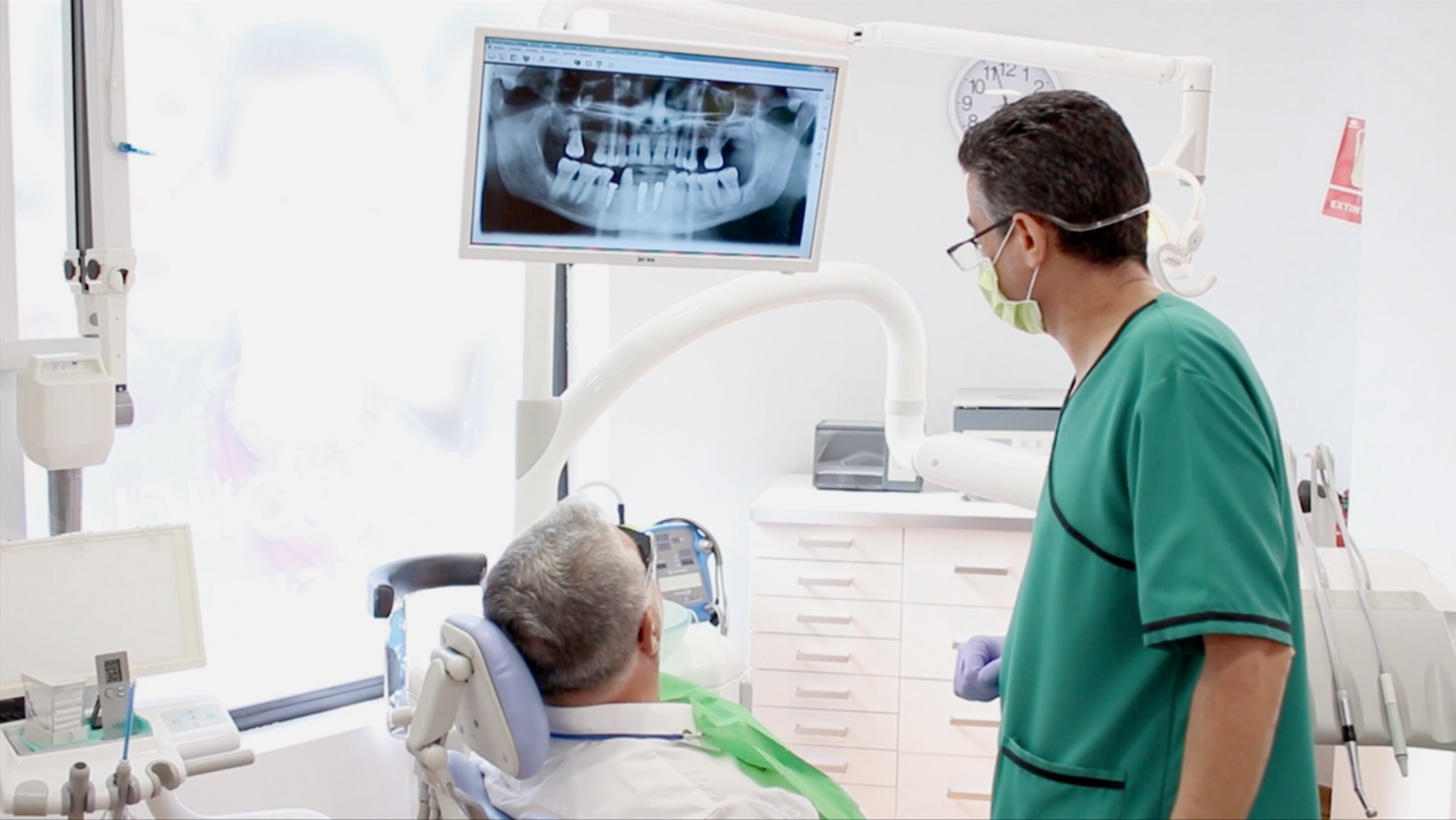 Clínica Dental Guadalupe   Dr. Óscar Eráns Richarte